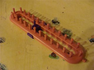 Pink loom with clip