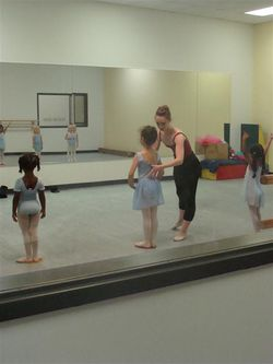 First ballet class deportment