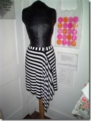 assymetrical_skirt_front