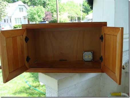 cabinet inside (Medium)