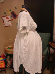 Dressform_pregnant