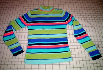 Second_striped_sweater_before_2
